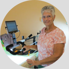 Nolting pro and quiltmagine owner, cindy, customer of Delightful Quilting & Sewing Avon NY